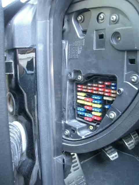 can somebody tell me where the fuse box is audi forums audi tt 010 jpg